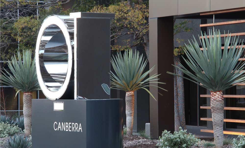 QT Canberra garden design by Bell Landscapes, Sydney.