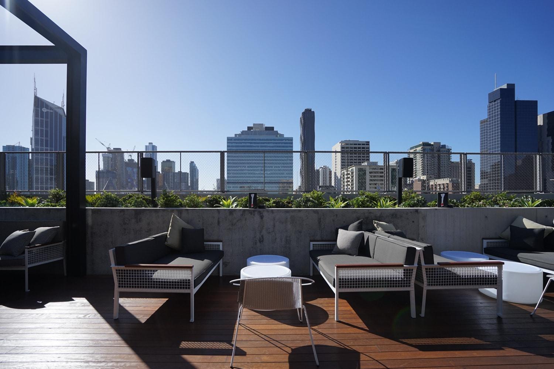 Qt Melbourne Cbd Rooftop Garden Design New Bell